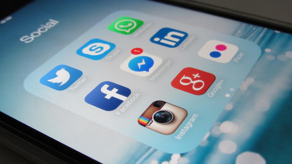 mejorar el SEO para landing pages: Redes sociales