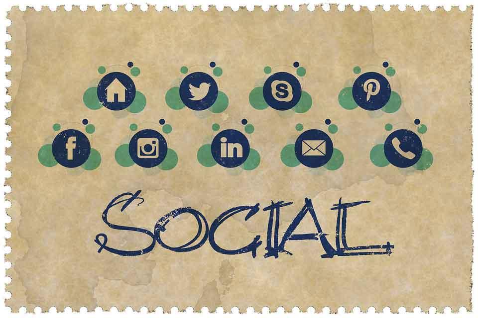 Strategie di marketing per la Pasqua: Social