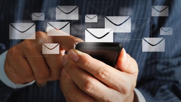 Cuentas de correo electrónico vinculadas a los teléfonos móviles