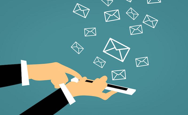 mandar un SMS a tus clientes